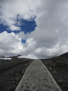 pathway to the shrinking Pastoruri Glacier