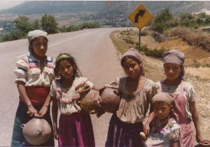 Chiapas girls on the way to the well