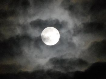 moon-in-the-clouds-3