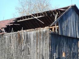 barn-falling-apart-slowly
