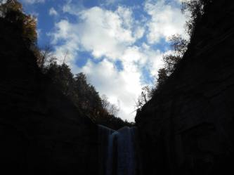 taughannock-falls-gorge-and-sky