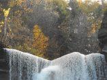 taughannock-falls-lip-1