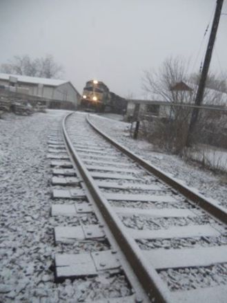 norfolk-southern-csx-coal-train-passing-through-ithaca-on-the-way-up-the-lake-it-was-a-very-long-train-over-100-cars