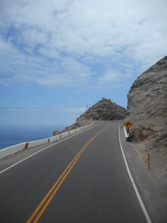 peru-coastal-highway-south-of-paracas