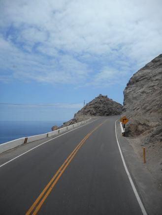 peru-coastal-highway-south-of-paracas