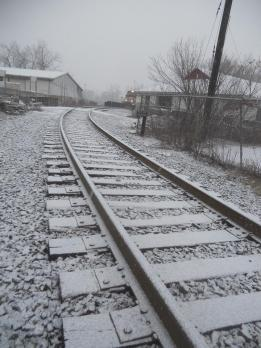 while-walking-around-downtown-in-the-west-end-this-morning-i-could-hear-a-train-crossing-further-south-from-where-i-was-and-scurried-over-to-the-tracks-which-looked-like-this-in-the-snow